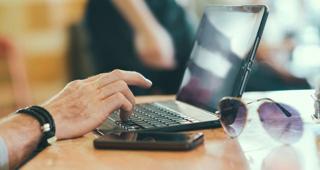 Webbplatser på flera marknader och språk